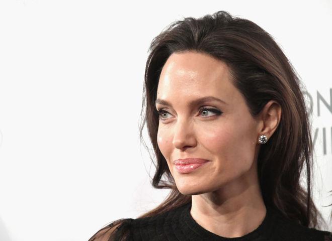 СМИ назвали имя возлюбленного Анджелины Джоли