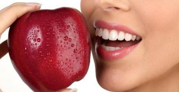 Отбеливание зубов или ваша жемчужная улыбка