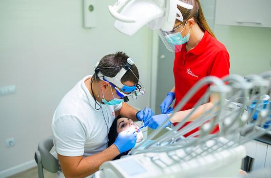 Стоматолог в Харькове: профилактика зубов, методики лечения и пломбирование