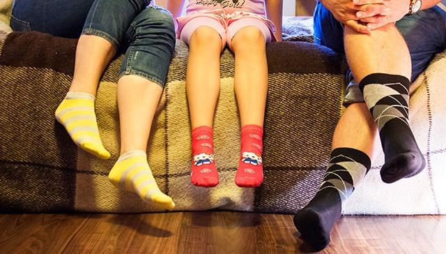 Покупаем носки для всей семьи