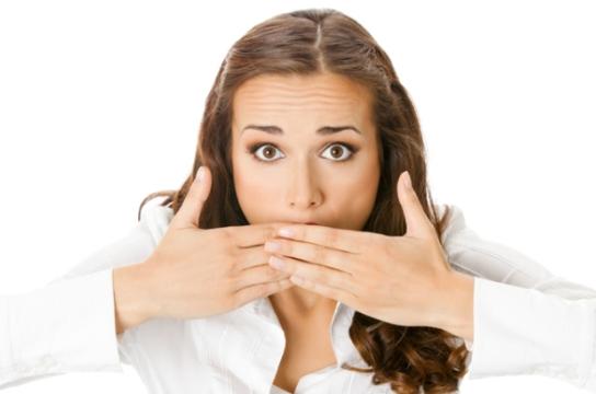 Запах изо рта — ищем в чем причина