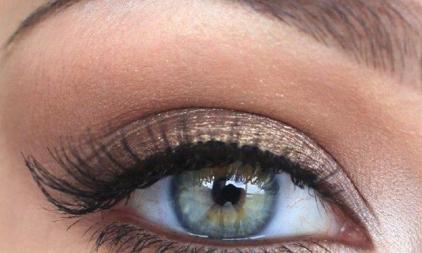 Перманентный макияж бровей: особенности и техники