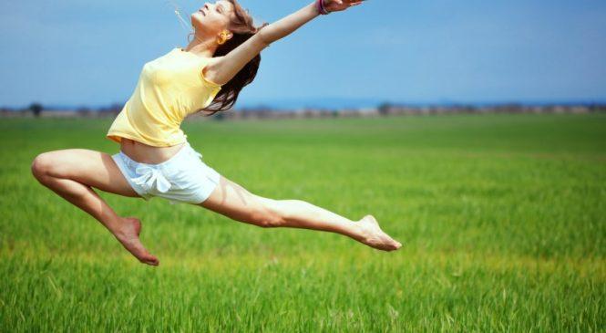 Какие упражнения выбрать для утренней зарядки