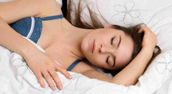 Спим и стройнеем: как похудеть во сне